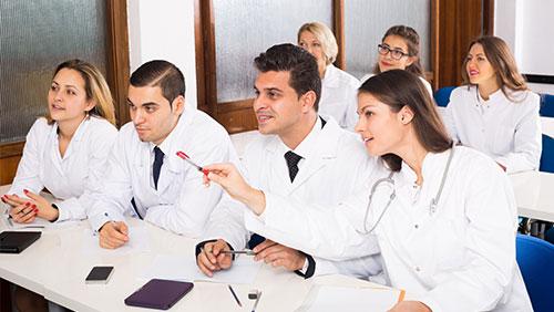 Deutsch Medizin für Ärztinnen und Ärzte